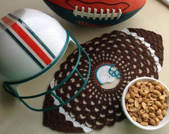 Touchdown Doily Crochet Pattern - Instant download - Crochet PATTERN (pdf file)
