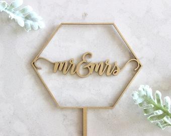 Mr & Mrs Geometric Cake Topper // Wedding Cake Topper // Custom Cake Topper // Geometric decor // Wood Cake Topper // Geometric wedding