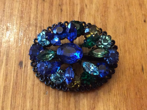 Stunning Vintage 1970s Blue Glass Cabochon HEART Bracelet with crystals