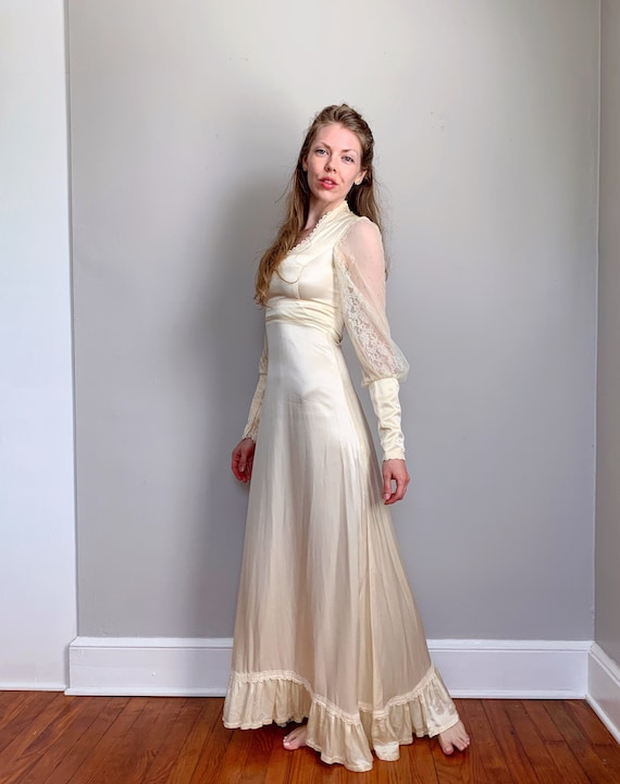 Vintage Gunne Sax dress | ivory satin bridal weddi