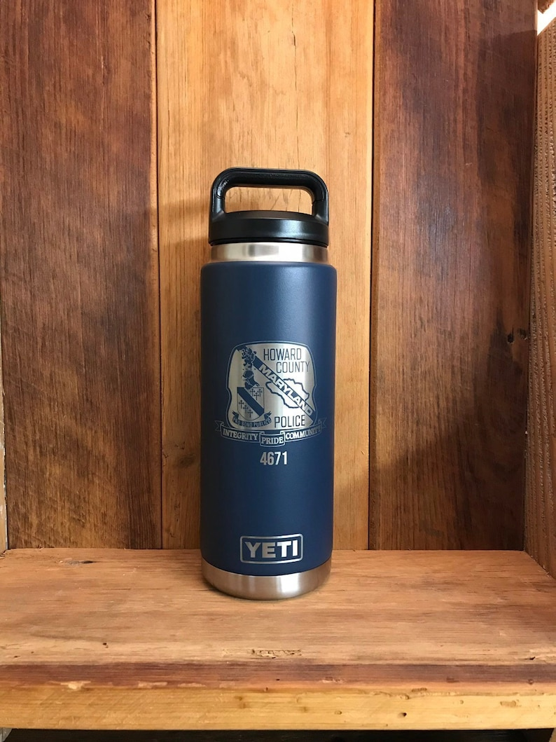 55744d03d76 REAL YETI 26 oz. Laser Engraved Navy Stainless Steel Yeti Rambler Bottle  Personalized Vacuum Insulated YETI