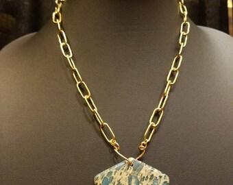 Pendulum necklace