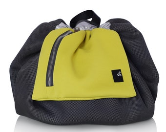 Baby changing backpack for trendy mother, convertible in a shoulder bag, yellow and gray, gift idea baby shower