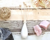 Elegant Ceramic Diffuser Vase Wooden Balls Reed Home Decor Essential Oil Blend Small Set Stick Smell Aroma Desk Air Purify Environment