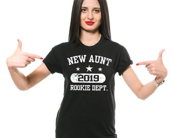 Gift For Aunt T-Shirt New Aunt 2019 Baby Announcement Gift For New Aunt ,Gift For Sister