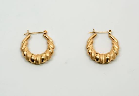 14k Yellow Gold Shrimp Style Hoop Earrings Etsy