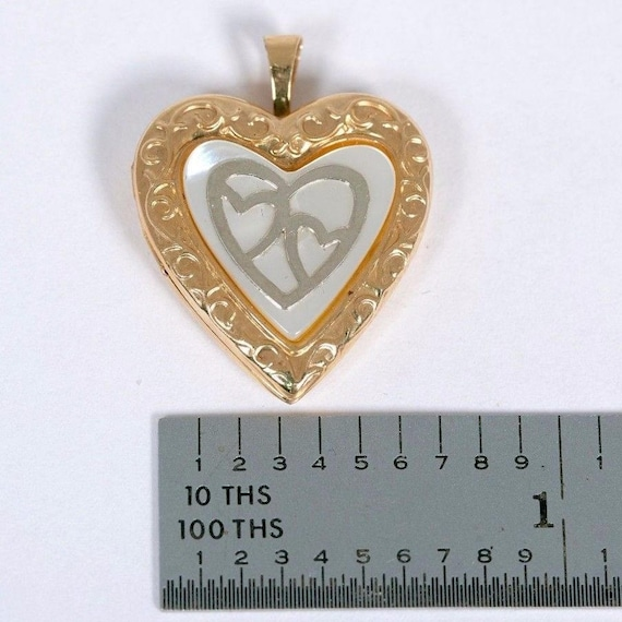 14K Yellow Gold Heart Shaped Locket with Mother o… - image 5
