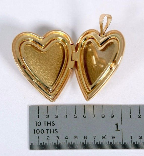 14K Yellow Gold Heart Shaped Locket with Mother o… - image 4