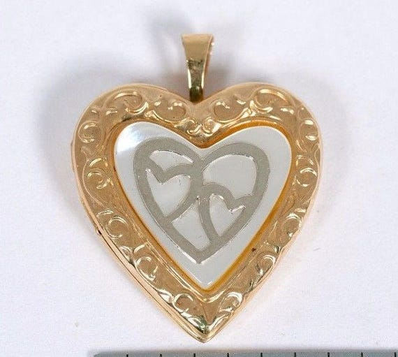 14K Yellow Gold Heart Shaped Locket with Mother o… - image 1