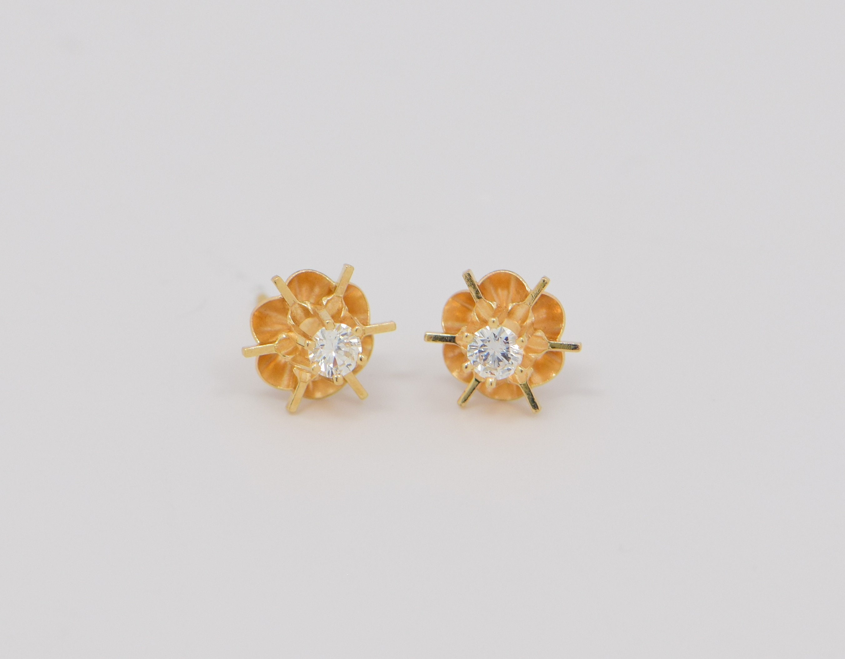 14K Yellow Gold Diamond Stud Earrings in Buttercup Settings