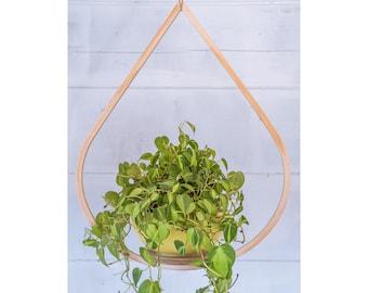 Large Wooden Plant Hanger, Tear Drop Planter, Planter With Saucer, Air Planter Holder, Vintage Plant Display, Hanging Tear Drop Planter