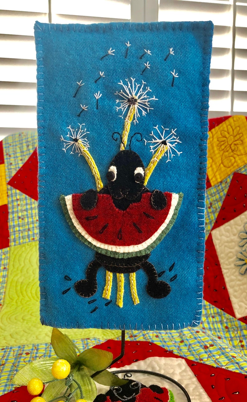 Critters Picnic Wool Applique Just Because Series EPattern image 0