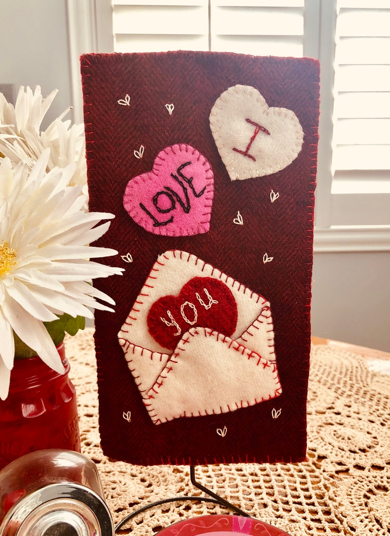 Paper Pattern Wool Kit Falling Hearts Just Because Series image 0