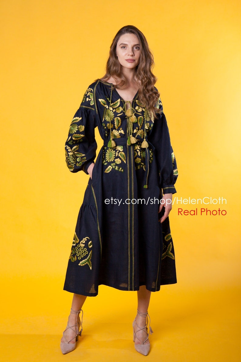 defc8cd3d6d Kaftan Black Linen Mexican size plus Embroidered Vyshyvanka