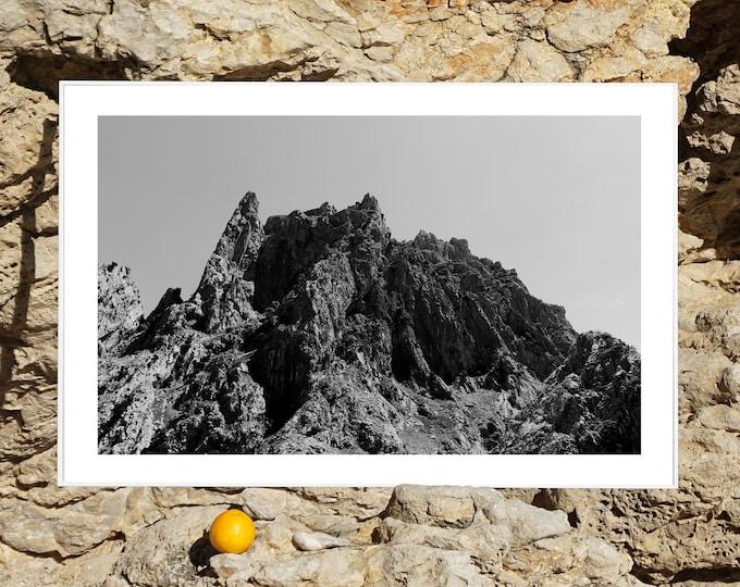 B&W / Rocky Desert Mountain / Limited Edition
