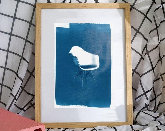 Eames' DAW Chair, Classic Industrial Design