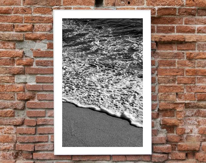 B&W / Vertical Morning Seashore / Limited Edition