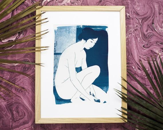 Ukiyo-e Woman Bathing, Cyanotype Print, Japanese Art, Geisha Art, Oriental Art, Asian Artwork, Japanese Gifts, Asian Decor, A4 size