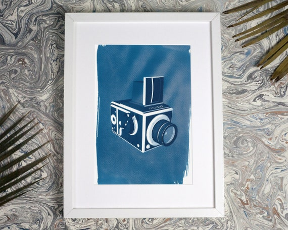 Hasselblad Medium Format Camera 3d Render, Cyanotype Print, Photographer Gift, 120 Film Camera, Camera Collector, Vintage Camera Lover, Film