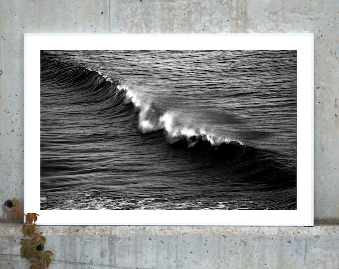 B&W / Los Angeles Crashing Wave / Limited Edition