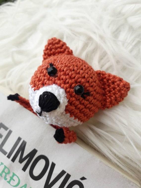 Crochet Amigurumi Fox Bookmark Pattern - DIY 4 EVER | 760x570