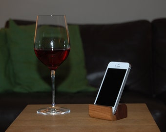 xBase SMALL - Walnut wood - mobile phone holder / stand