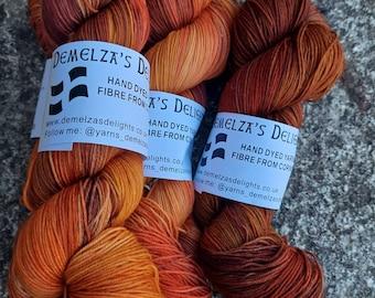 Hand dyed sock yarn 100g . Lowarnik