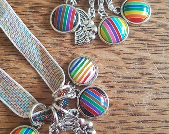 5 Knitting or crochet stitch markers. Rainbow
