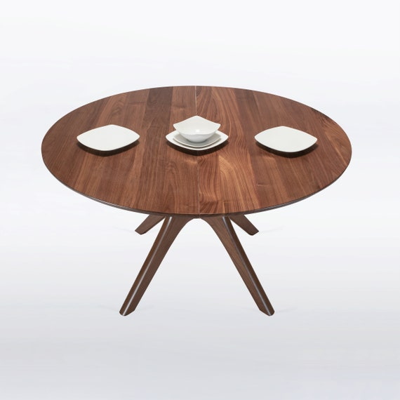 Round Expandable Dining Table In Solid, Round Dining Table With Extension Leaf