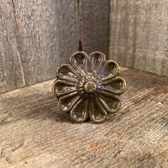 Old Brass /& Bronze Chest Handle Pull Ornate Cast Flower Beading Vintage