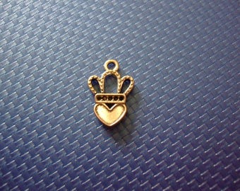 Pendant or 12 mm x 17 mm silver metal heart and Crown charm