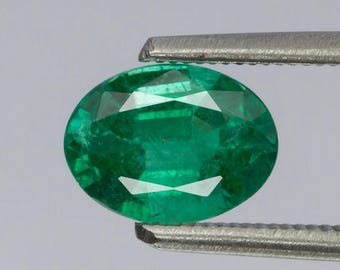 Natural Emerald 1.22 Carat Emerald Untreated Zambian Natural Gemstone Oval Shape Emerald