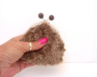4b658c6fce Kiss lock faux fur clasp purse