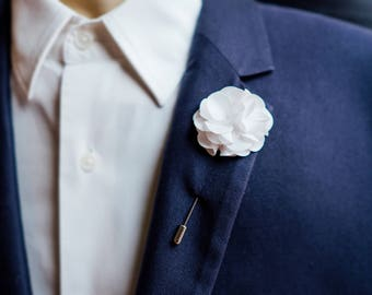 Boutonniere Lapel Pin, Wedding Boutonniere, White Lapel Pin, Suit Flower Lapel Pin, Men Gift, Mens Boutonniere, White Boutonniere, Grandpa