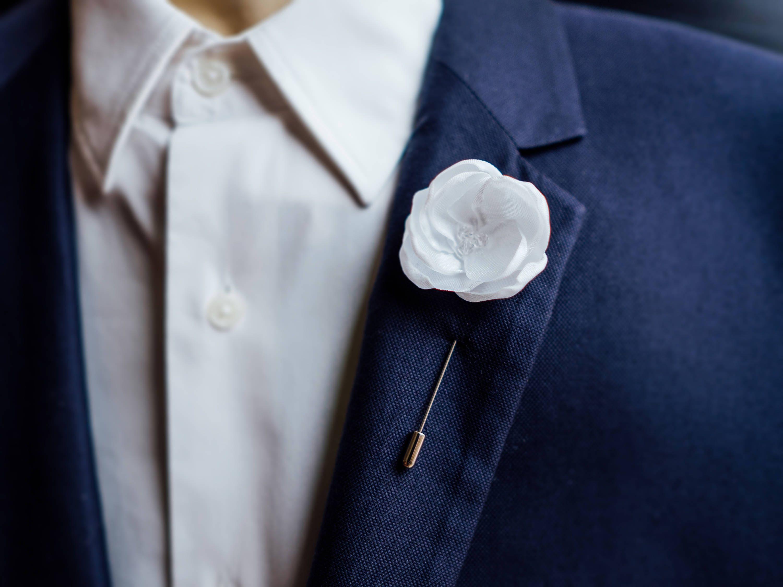 Flower Lapel Pin Wedding Boutonniere White Lapel Pin Father Etsy