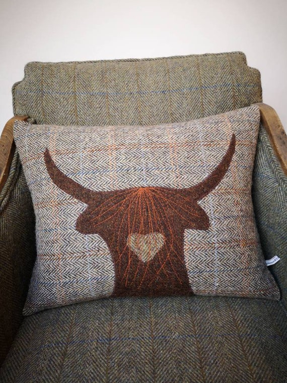 NEW Hand Crafted Harris Tweed Highland Cow embroidered Cushion cover