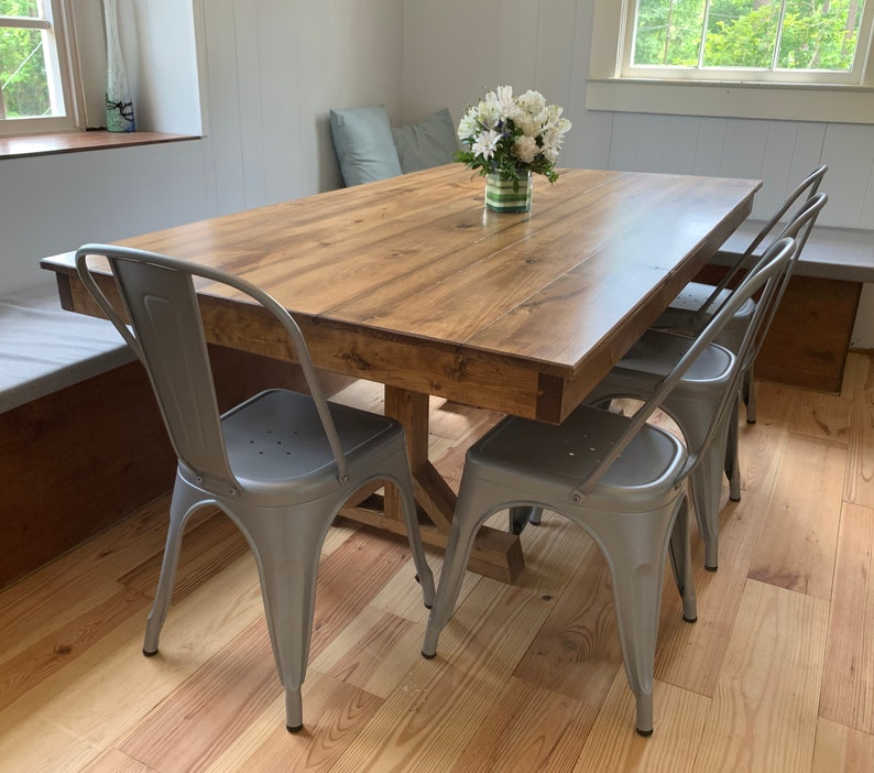 Farmhouse dining table (Reclaimed Wood)
