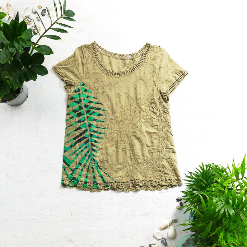 Alternative Clothing Palm Leaf Print Hand Painted T-Shirt image 0