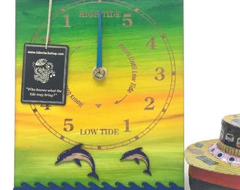 A present of a tideclock is a practical, personal gift for sailors, kayakers, beach lovers, sea swimmers, dog walkers, surfers...