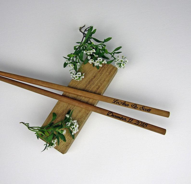 Wedding Favors Bamboo Chopstick 100pr Engraved Chopsticks Rustic Chopstick Wedding Chopsticks Chop stick Personalized Chopsticks
