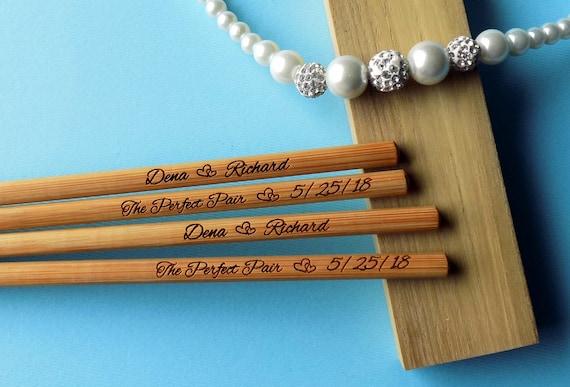 Nouveau gravé baguettes, baguettes personnalisés, bambou baguettes, des faveurs de mariage, baguettes rustique, mariage baguettes, min. commande 5pr