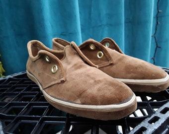 9887c06e4 Velvet Grasshopper Shoes