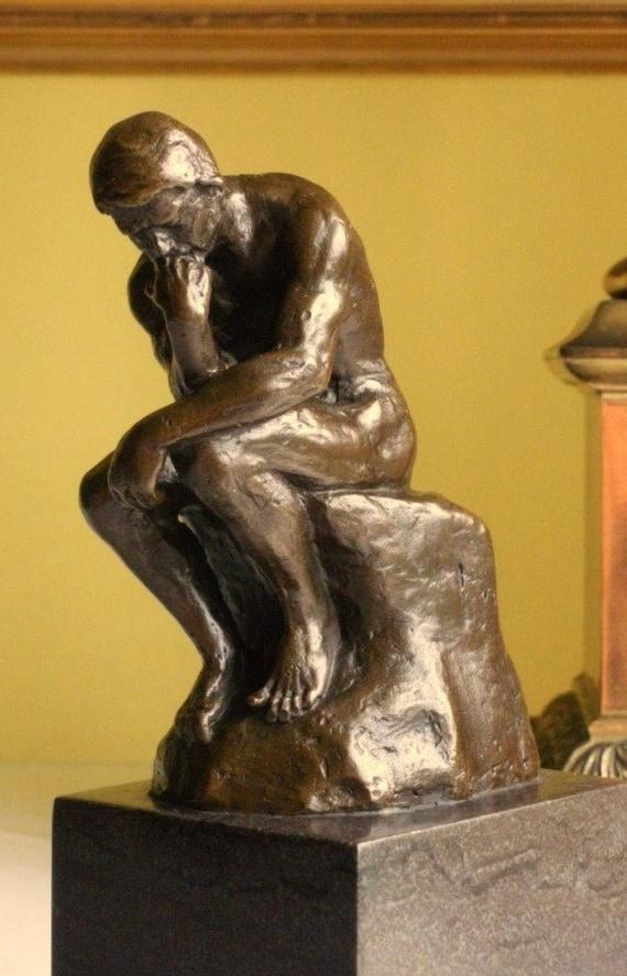 Bronzo scultura il pensatore di figura della statua di Rodin figurina francese Impressionismo Parigi filosofia meditazione