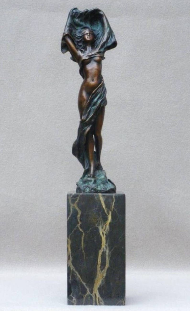 Signed Amazon Nude Woman With Sword Bronze Statue