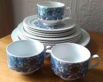 Gorgeous retro blue Pontesa Castilian Collection: various dinner service and tea set items available