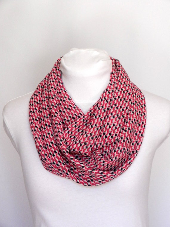 272ed3e4a9a89 Foulard bleu marine et rose   écharpe femme cadeau pour sœur   Etsy