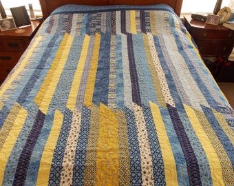 Changing Lanes Striped Twin-Full Quilt
