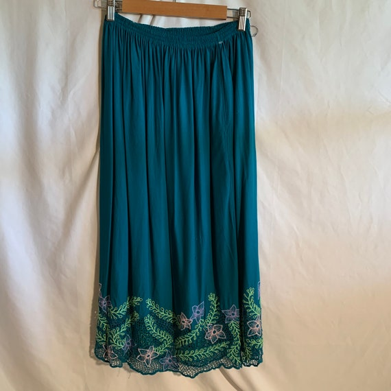 Indonesian Skirt Festival wear