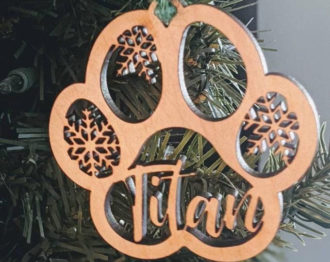 Pet Christmas. Pet ornament. Christmas Ornament. Pet Christmas. Dog ornament. Paw. Laser cut ornament.