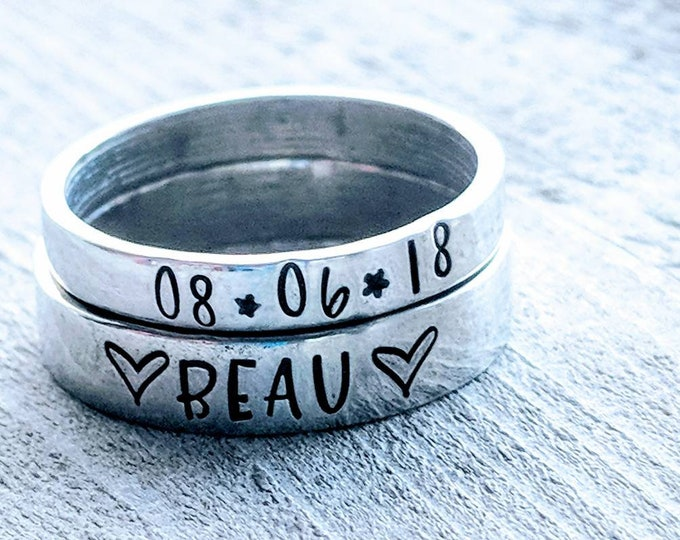 Stackable Mom Rings 4 mm, Customized. Gift for her, Mother's Day. Stamped rings. Children's names. Pewter. Birthday. Mom. Wife.